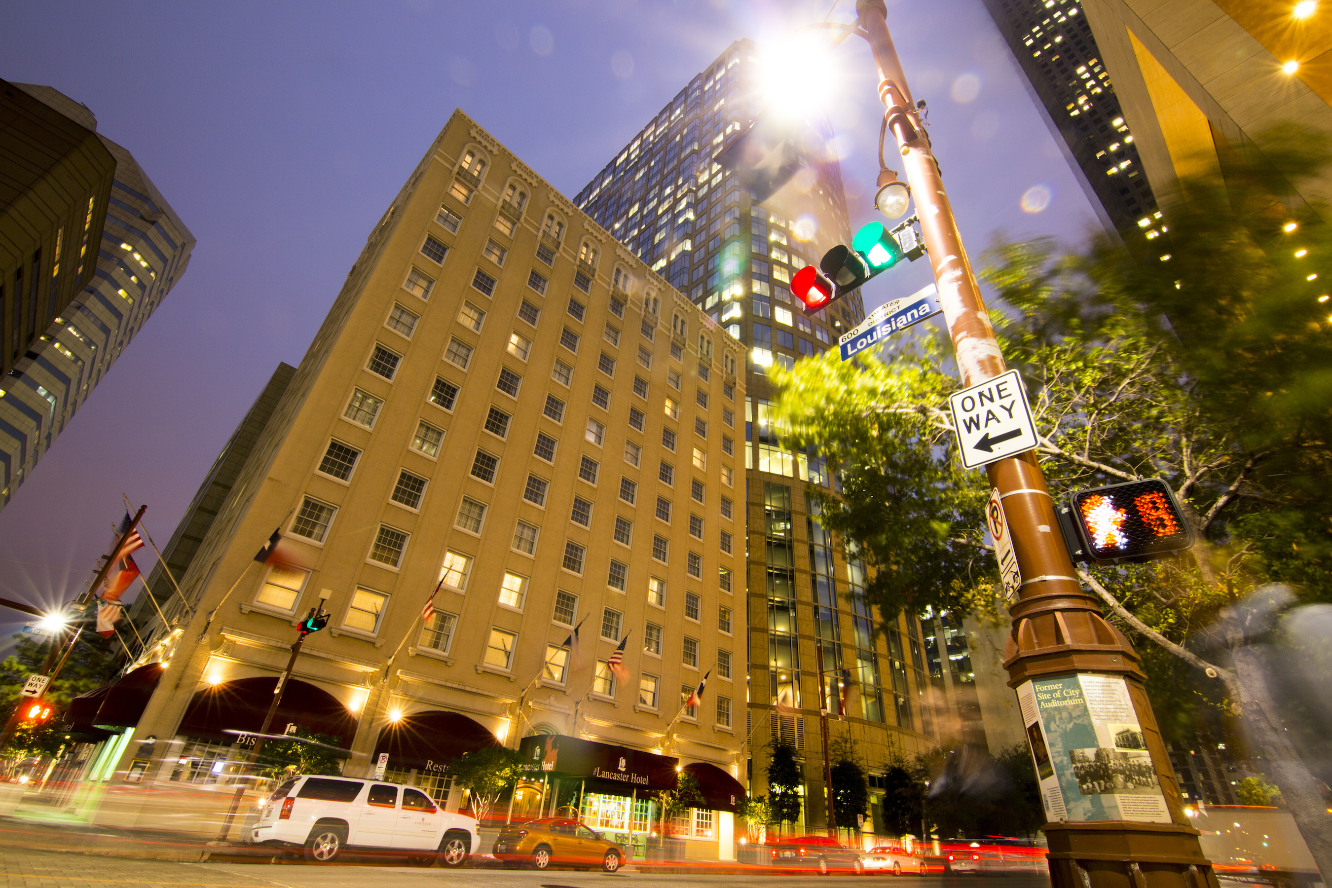 lancaster-hotel-front-exterior-angle-shot